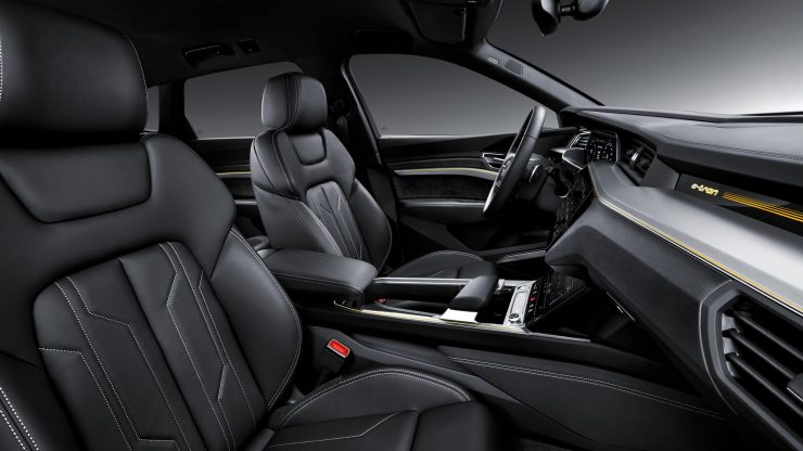 Audi etron 18