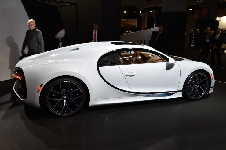 Bugatti Chiron SkyView 5