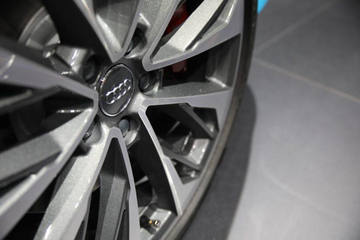 Mondial Paris 2018 Audi SQ2 3