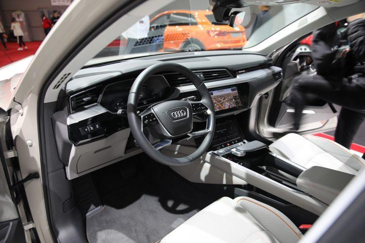 Mondial Paris 2018 Audi e Tron 13