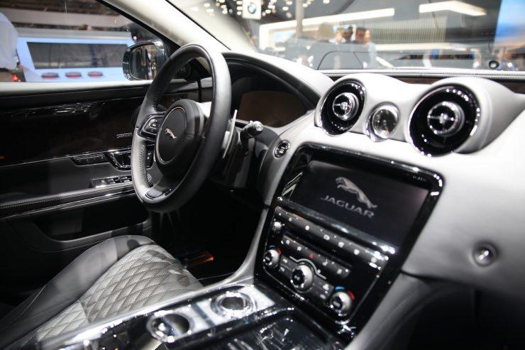 Mondial Paris 2018 Jaguar XJ50 11