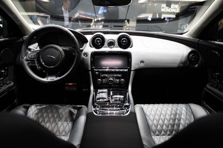 Mondial Paris 2018 Jaguar XJ50 5