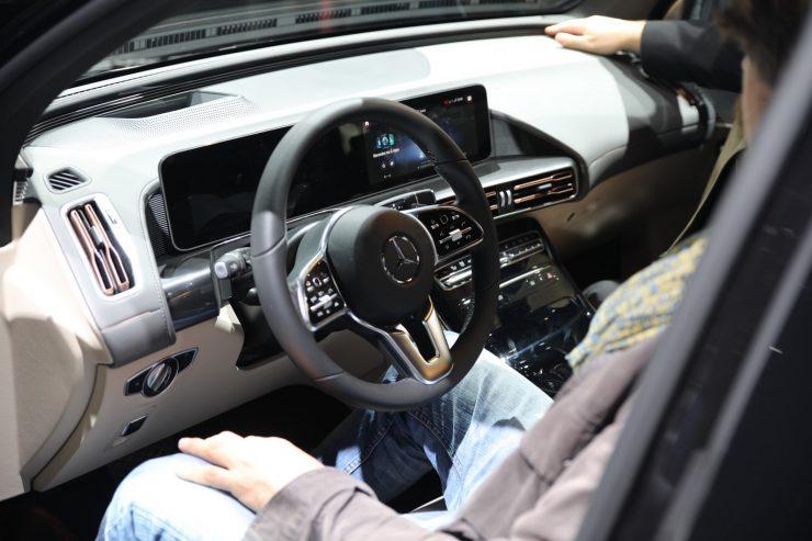 Mondial Paris 2018 Mercedes EQC 8