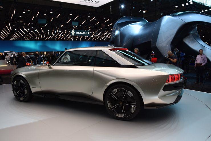 Mondial Paris 2018 Peugeot e legend Concept 13