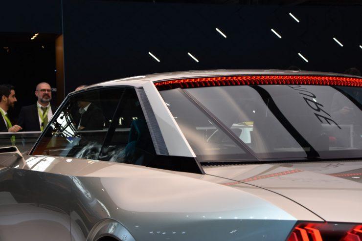 Mondial Paris 2018 Peugeot e legend Concept 25