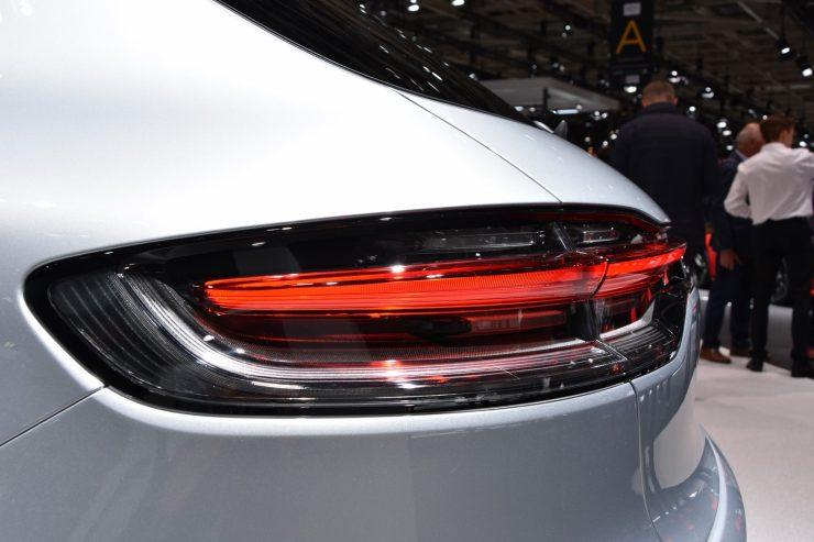 Mondial Paris 2018 Porsche Macan 13