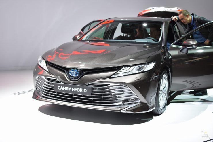 Mondial Paris 2018 Toyota Camry 02