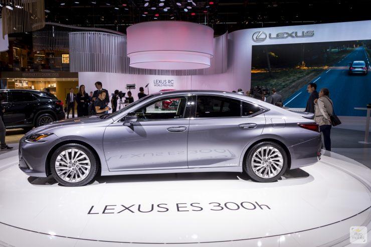 Mondial de Paris 2018 Lexus 3
