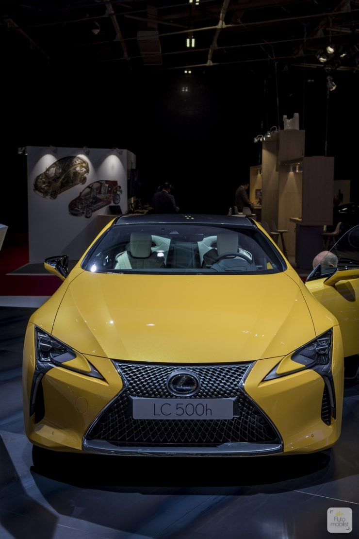 Mondial de Paris 2018 Lexus 54