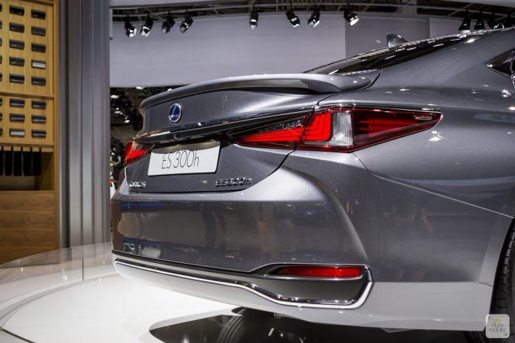 Mondial de Paris 2018 Lexus 6