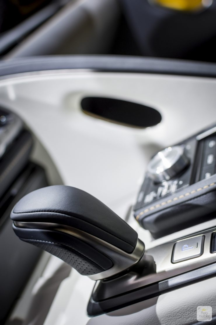 Mondial de Paris 2018 Lexus 71