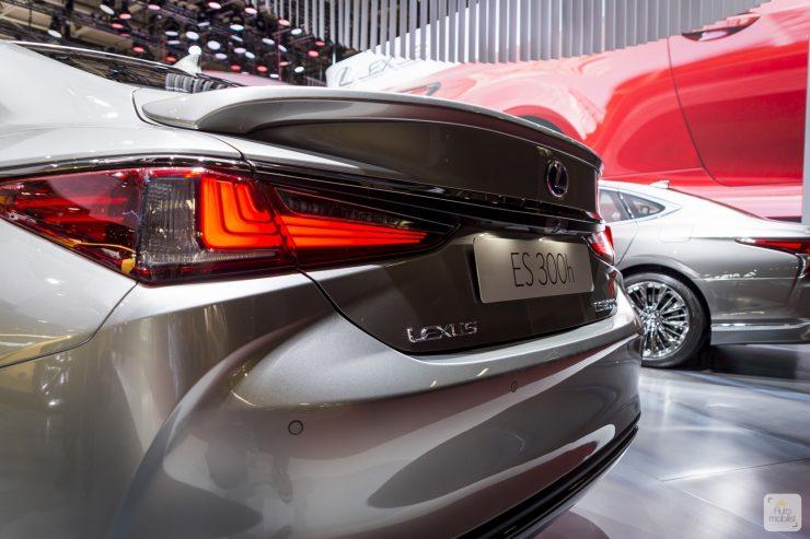 Mondial de Paris 2018 Lexus 9