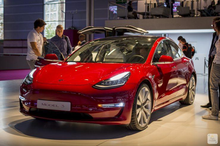 Mondial de Paris 2018 Tesla 3