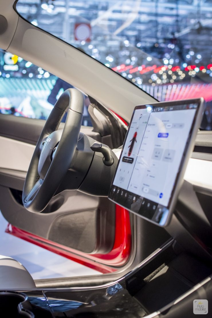 Mondial de Paris 2018 Tesla 7