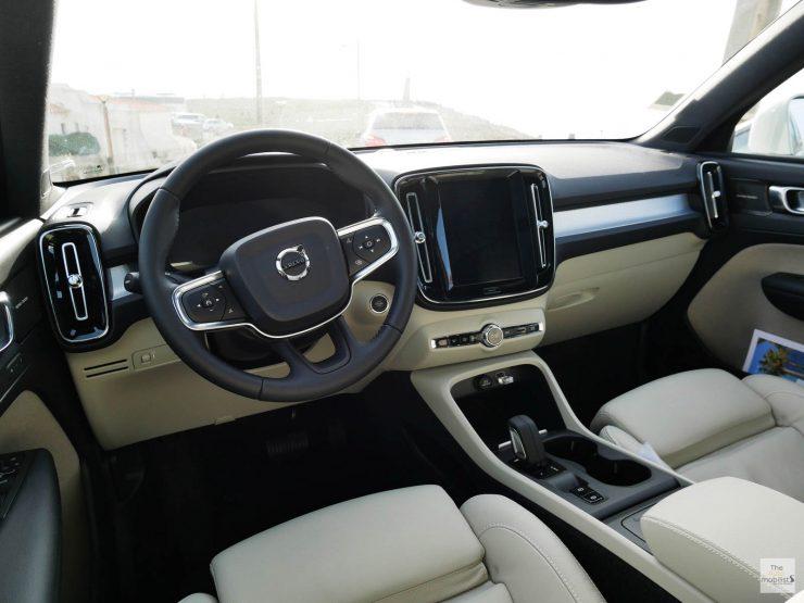 2018 Volvo XC40 Interieur Planche de Bord 001 1
