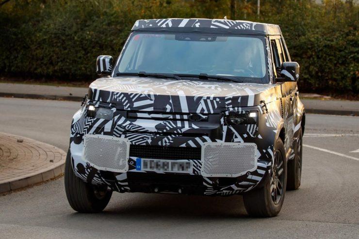 Land Rover Defender 2020 4