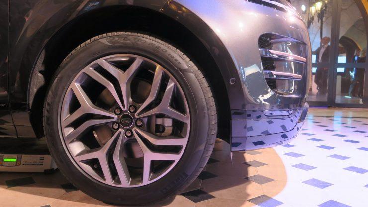 Range Rover Evoque 2019 details 1