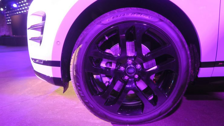 Range Rover Evoque 2019 details 5