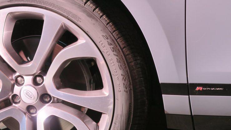 Range Rover Evoque 2019 details 9