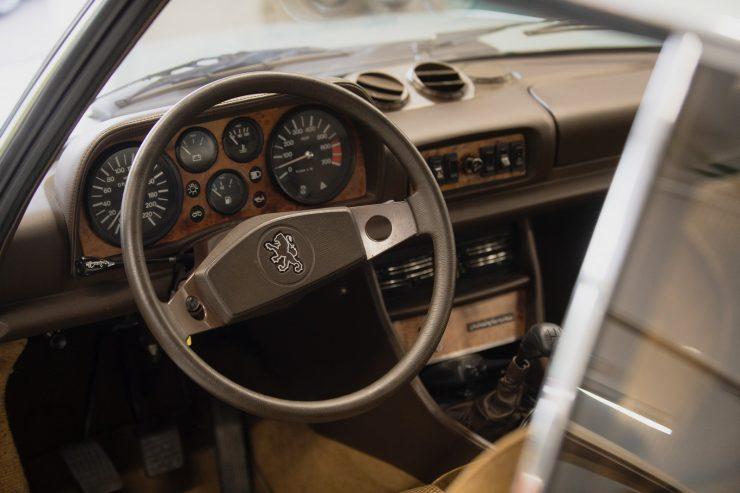 Road trip Peugeot 504 51