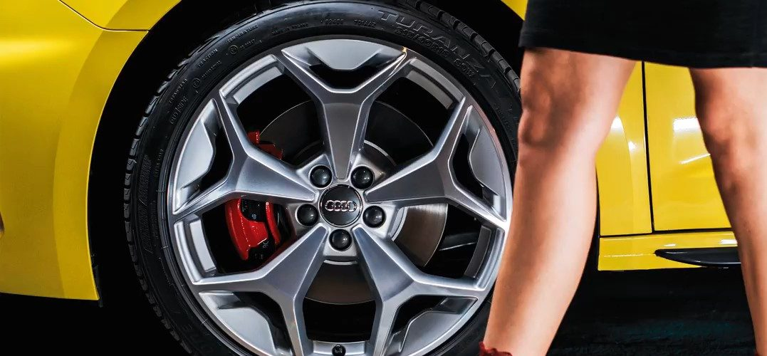 Audi A1 teaser 2