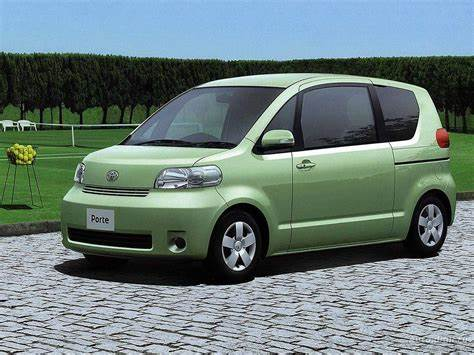 Toyota Porte Mk1