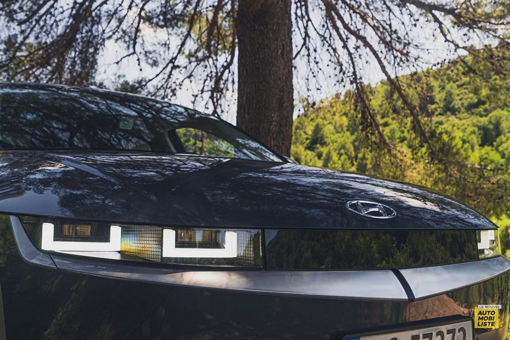Essai Hyundai Ioniq 5 HTRAC Executive 73kW Digital Teal Green Detail feux pixel