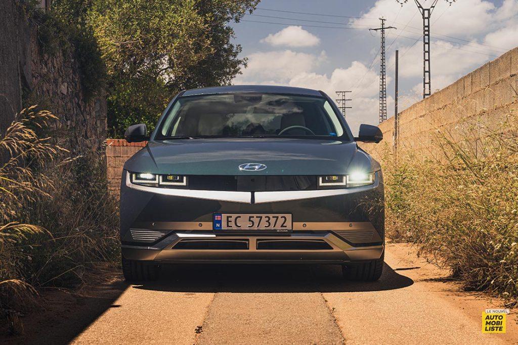 Essai Hyundai Ioniq 5 HTRAC Executive 73kW Digital Teal Green Face avant 2