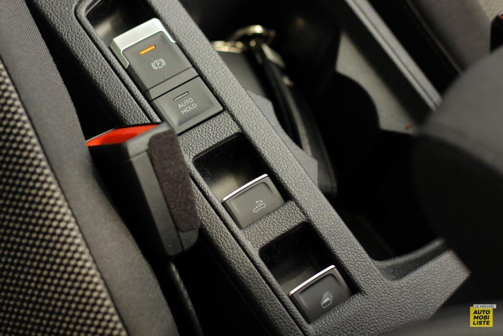VW T Roc cab LNA Dumoulin 27