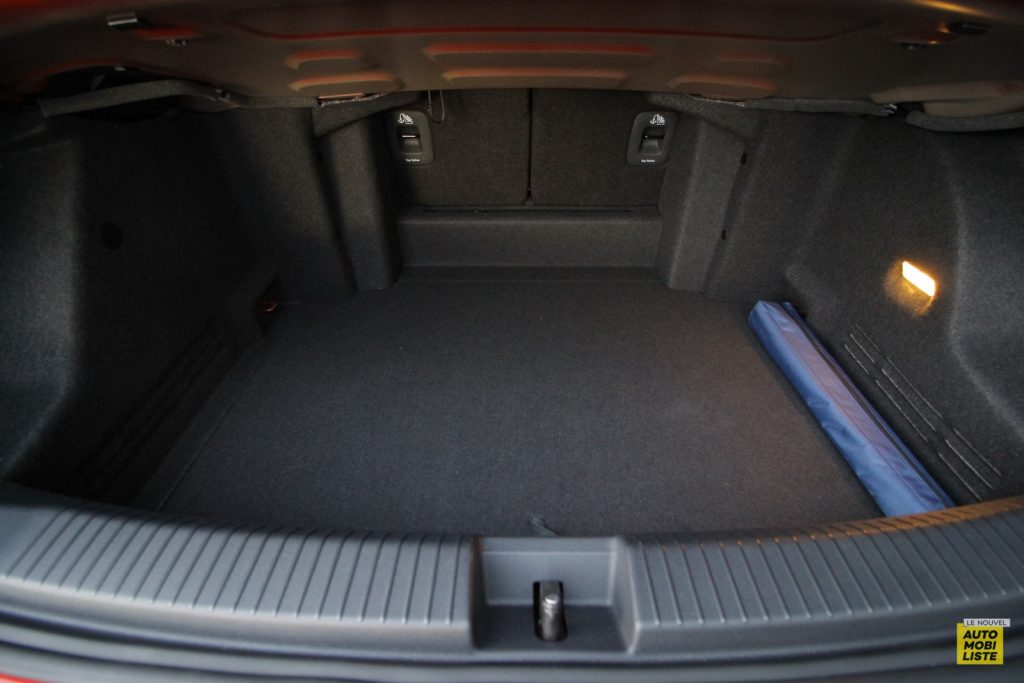 VW T Roc cab LNA Dumoulin 38