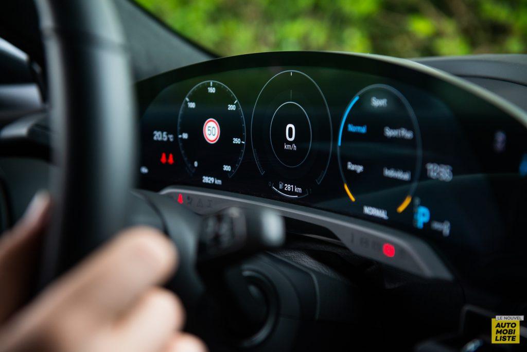Porsche Taycan Turbo essai 2020 8 1
