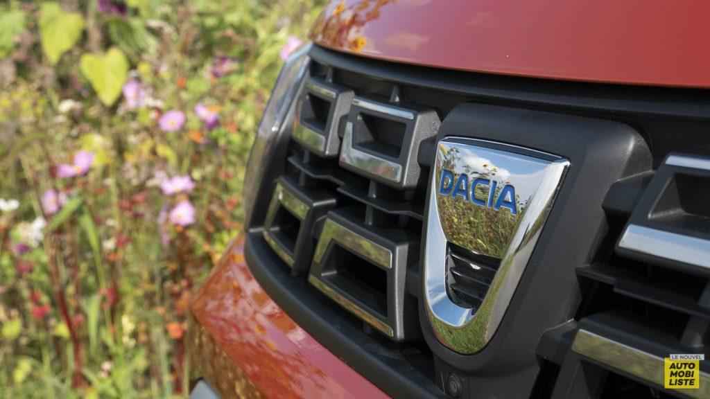 Essai Dacia Duster TCe 150 EDC6 Prestige Exterieur Detail 05