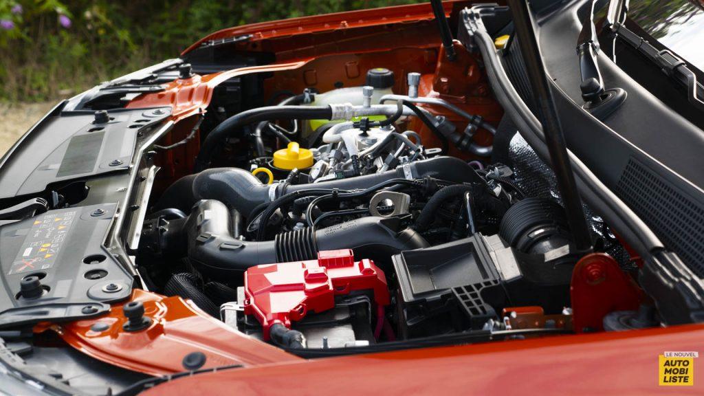 Essai Dacia Duster TCe 150 EDC6 Prestige Moteur 01