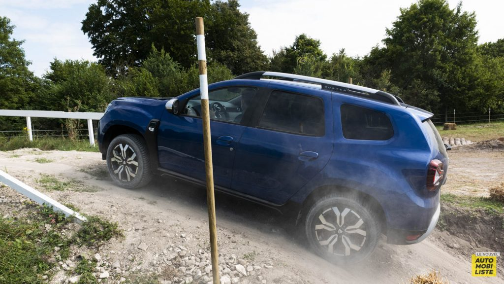 Essai Dacia Duster blue dCi 115 4x4 Exterieur 14