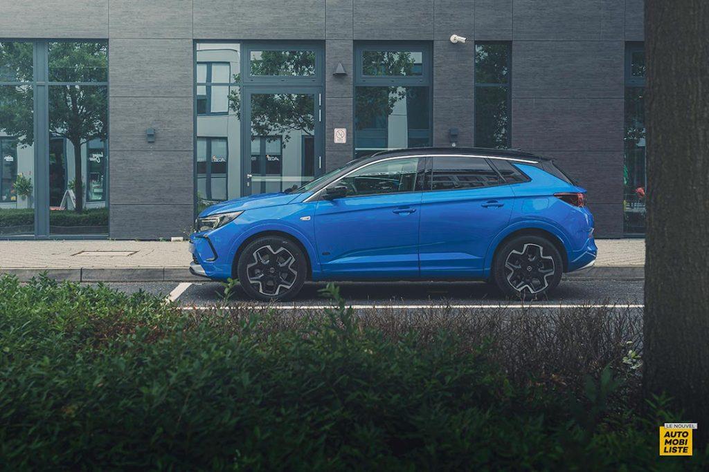 Essai Opel Grandland restyle Hybrid 225 Profil