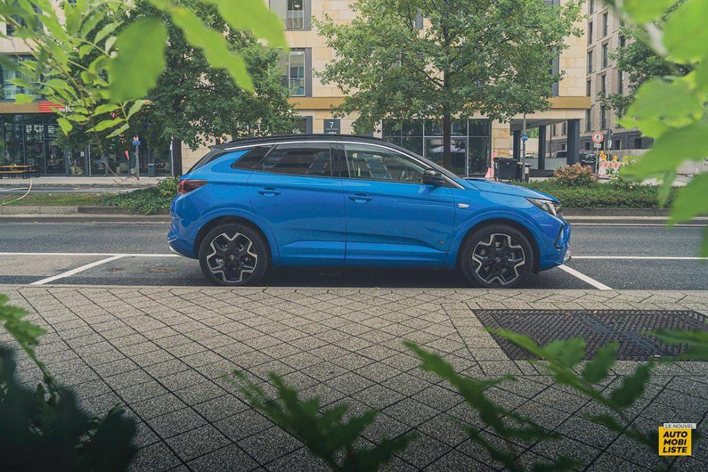 Essai Opel Grandland restyle Hybrid 225 Profil 3