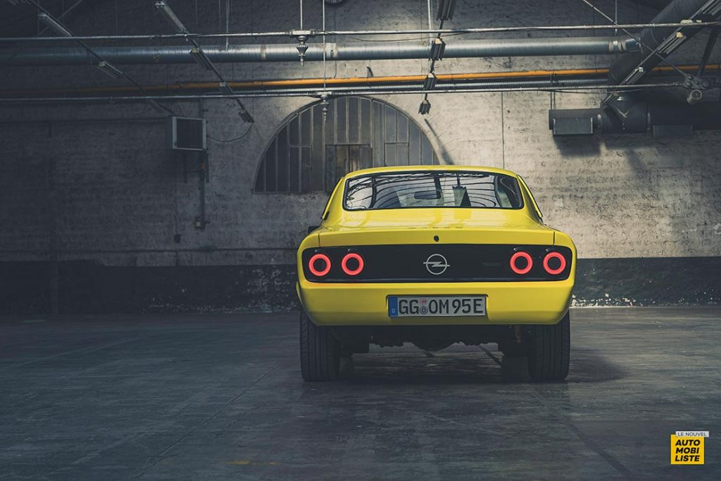 Opel Manta GSe ElektroMOD concept 39